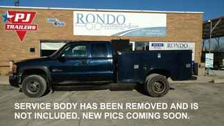 2005 GMC 3500 Extended Cab Service body SLE