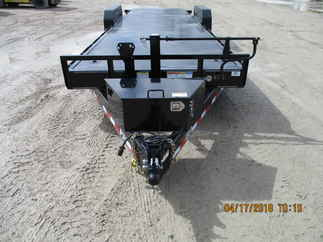 2019 PJ Trailer 82x24 TF Equipment Tilt TFJ2472BTTKPM