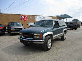 1995 GMC Yukon 2 Door    SLE