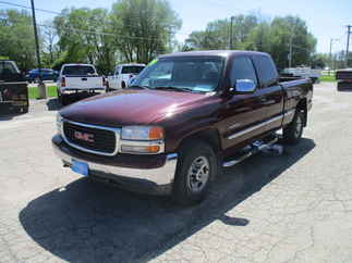 1999 GMC 2500 Extended Cab Short Bed SLE