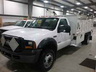 2007 Ford F450 Regular Cab Service body XL