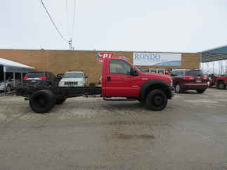 2006 Ford F550 Regular Cab Flatbed XL