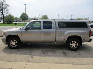 2003 GMC 1500 Extended Cab Short Bed Denali