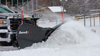 ON SALE New SnowEx 9.5 SS HDV Model, V-plow Flare Top, Trip edge Stainless Steel V-Plow, Automatixx Attachment System